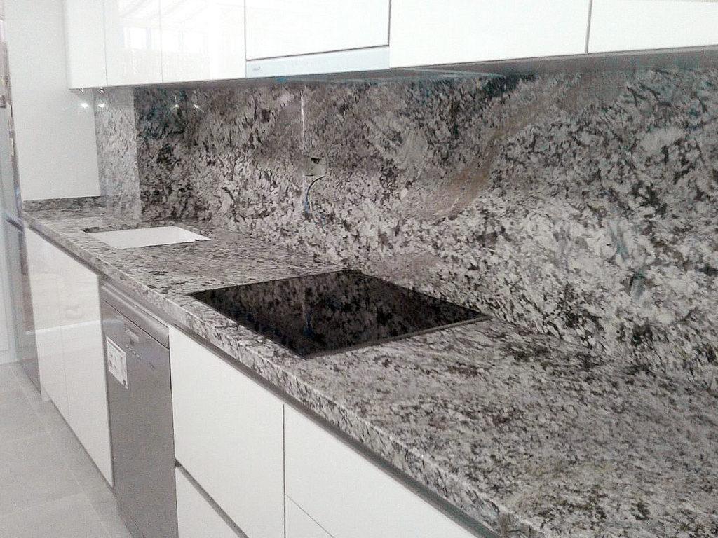 Precios de encimeras de granito encimera a medida for Granito nacional precio metro